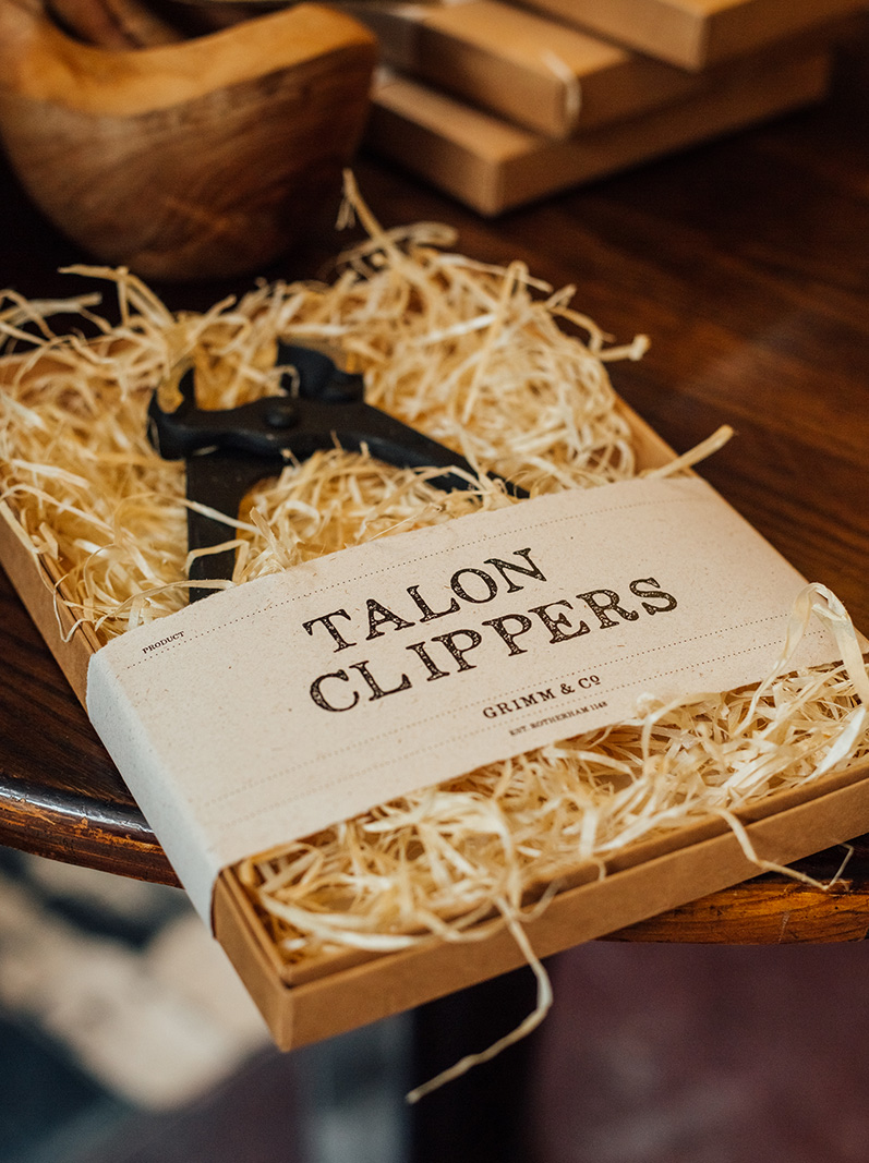 sidebyside_grimmandco_talonclippers